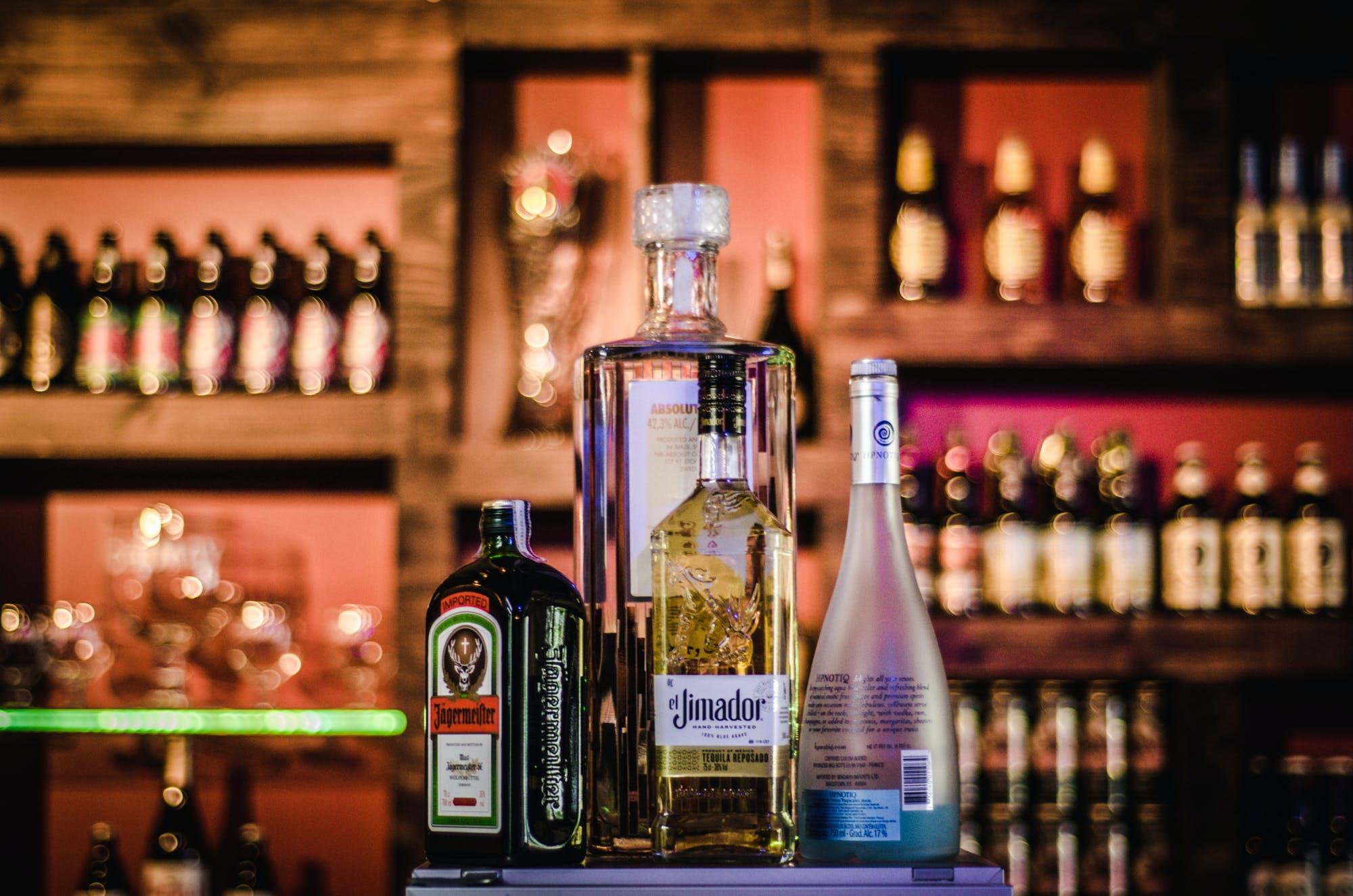 aktie, alkohol, bar