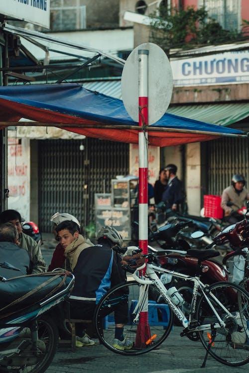 Ingyenes stockfotó ázsiai emberek, bicikli, biciklisek, csoport témában