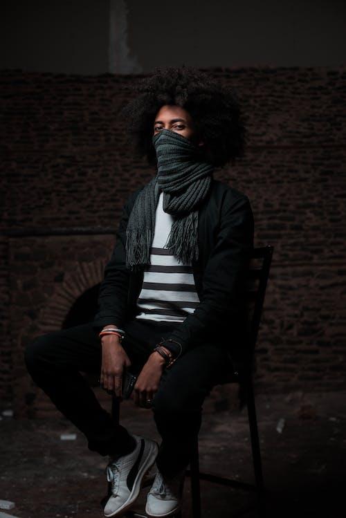 Gratis lagerfoto af afro, afslappet, ansigtsudtryk, fashionabel