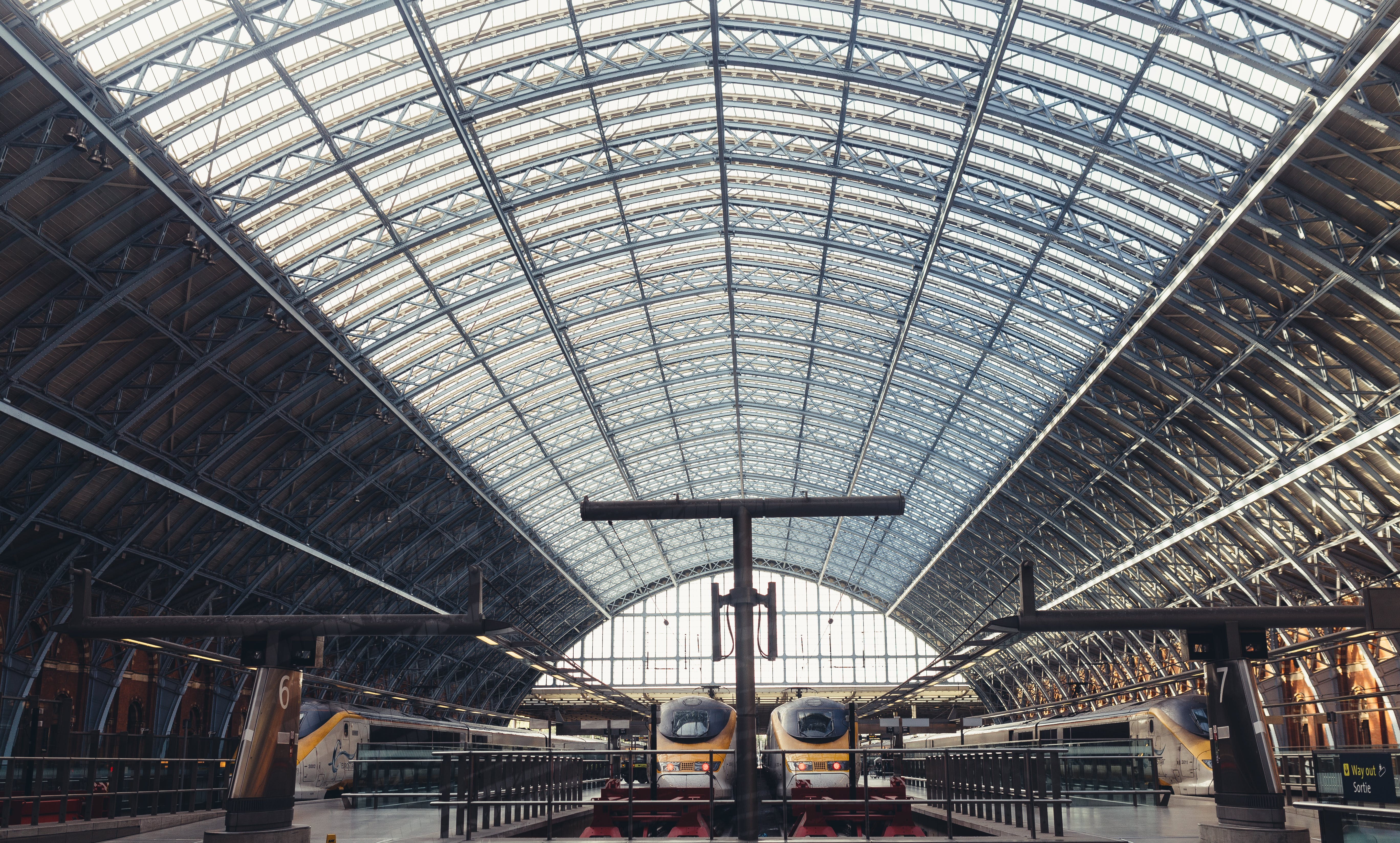architecture, public transportation, railway platform