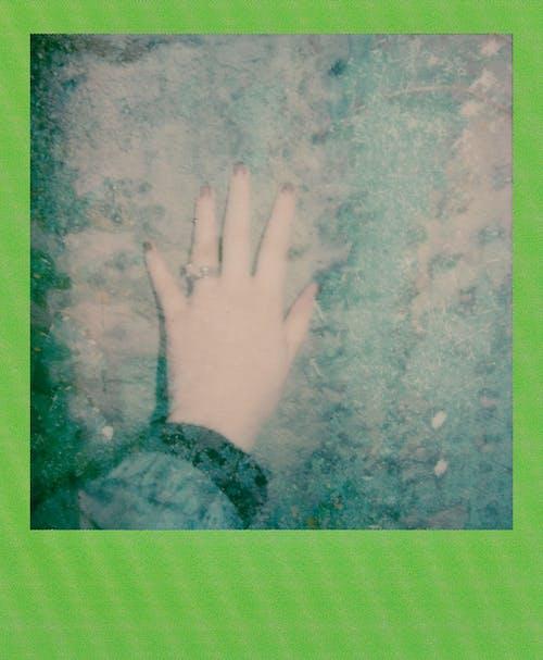 Darmowe zdjęcie z galerii z natychmiastowa fotografia, natychmiastowe zdjęcie, natychmiastowy, natychmiastowy film