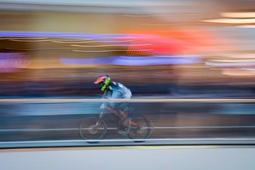 Gratis stockfoto met actie, beweging, fel, fietser