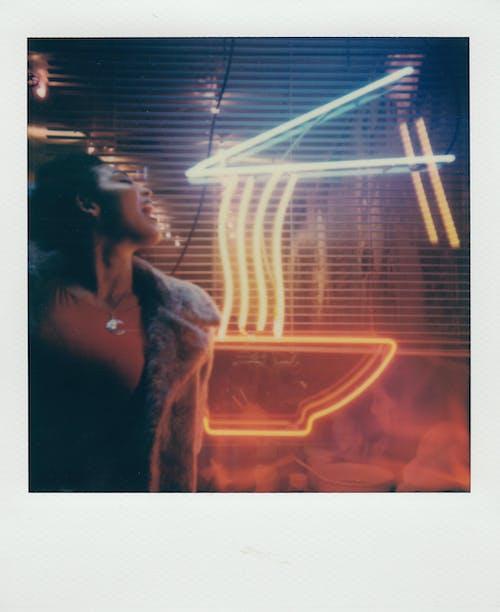 그림, 네온, 네온 불빛, 네온 사인의 무료 스톡 사진