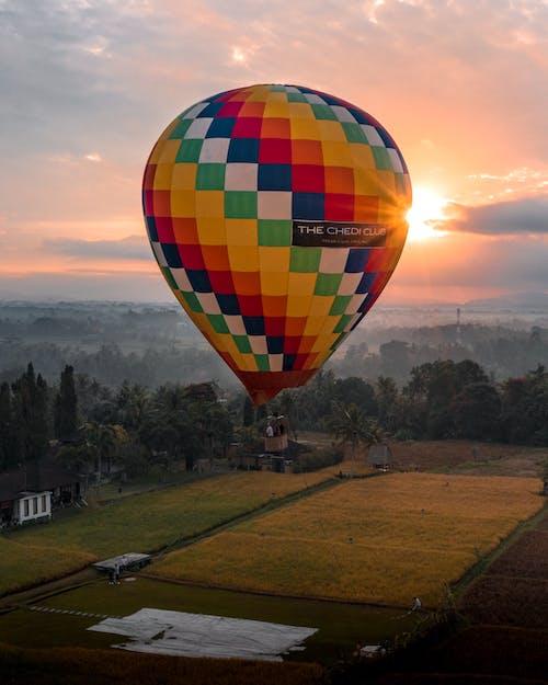 Gratis arkivbilde med daggry, eventyr, fargerik, fly