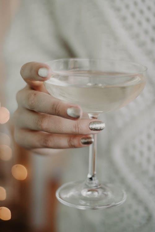Gratis arkivbilde med alkoholholdig drikkevare, brennevin, drikke, glass