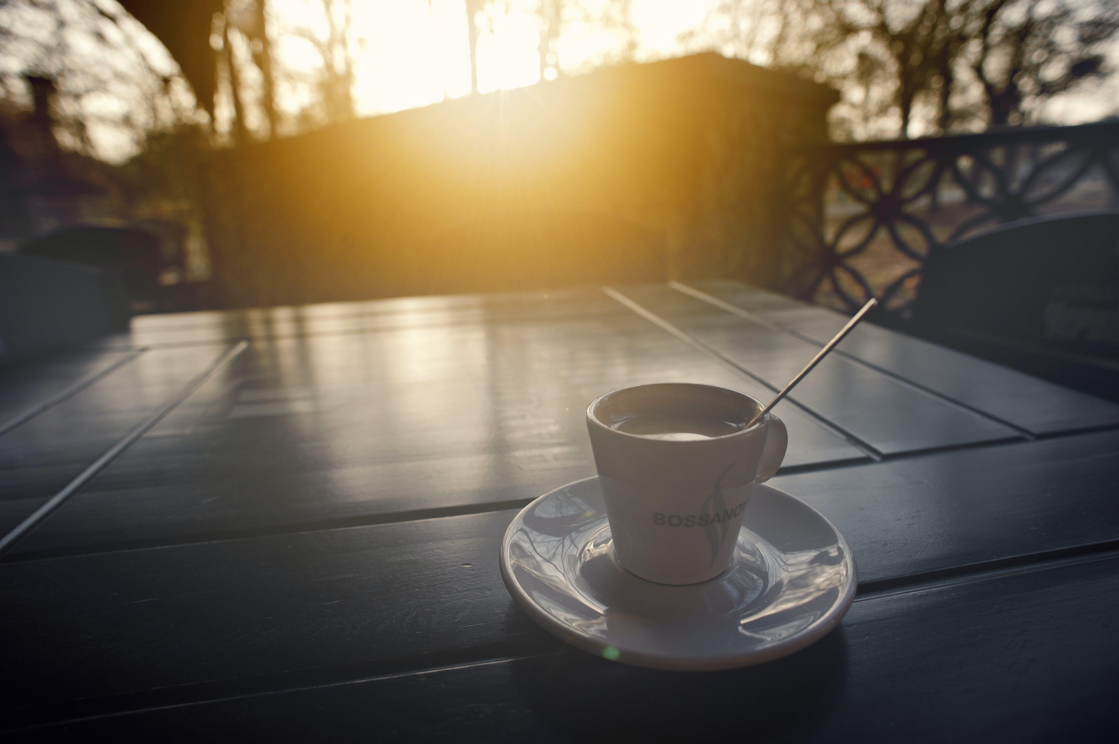 Kostenloses Stock Foto zu dämmerung, sonnenuntergang, koffein, kaffee