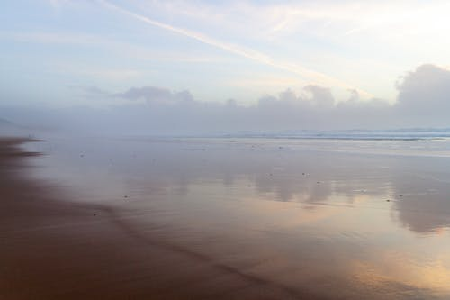 Gratis stockfoto met bewolkte lucht, blauwe lucht, strand, strand zonsondergang
