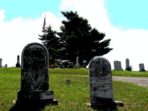 Kostenloses Stock Foto zu alt, beerdigung, friedhof, grab