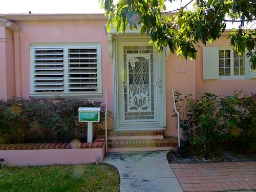 Ilmainen kuvapankkikuva tunnisteilla florida, vaaleanpunainen talo, värikkäät talot