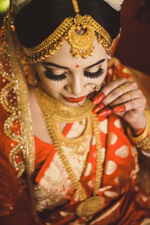 Δωρεάν στοκ φωτογραφιών με saree, αίγλη, αξεσουάρ, γυναίκα
