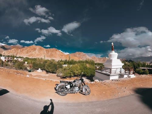 Free stock photo of bike, bikerider, city, road trip