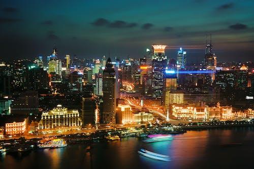 가벼운, 강, 강가, 건물의 무료 스톡 사진