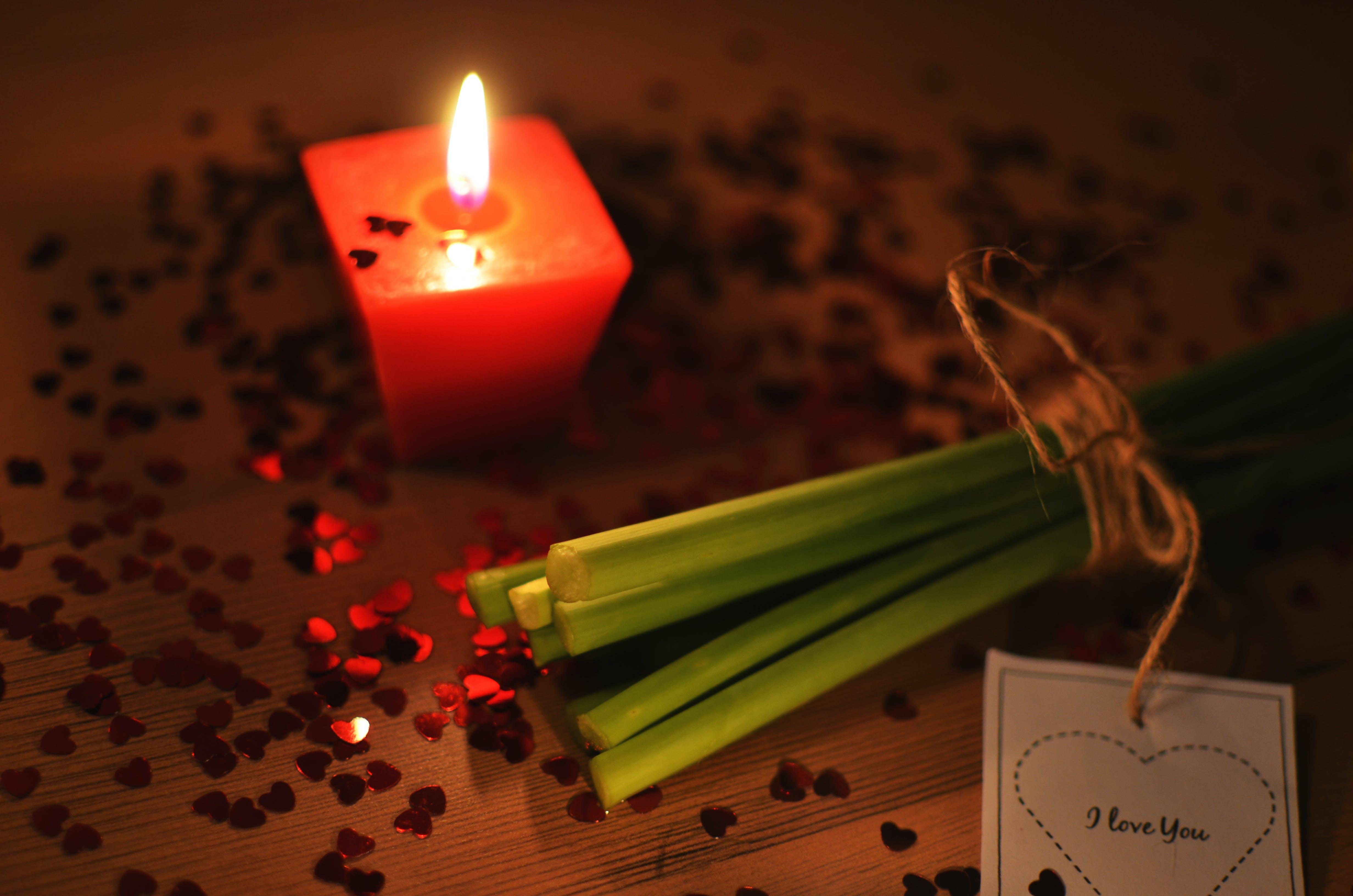 amor, llum de les espelmes, romanç