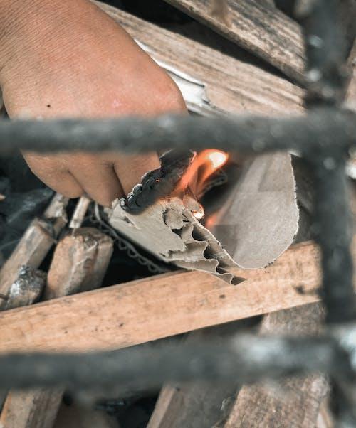 Fotobanka sbezplatnými fotkami na tému kampaň, kuchár, oheň, táborák