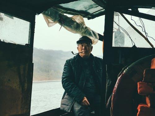 Imagine de stoc gratuită din ambarcațiune, bărbat asiatic, barcă, bătrân