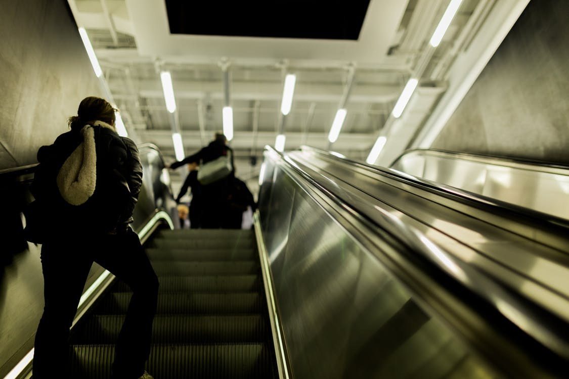 eskalátor, geometrie, lidé
