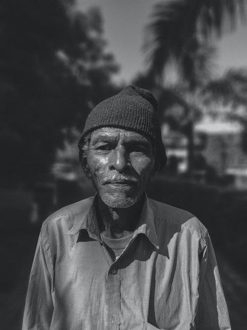 Fotos de stock gratuitas de 20-25 años, antiguo, bígaro, blanco y negro