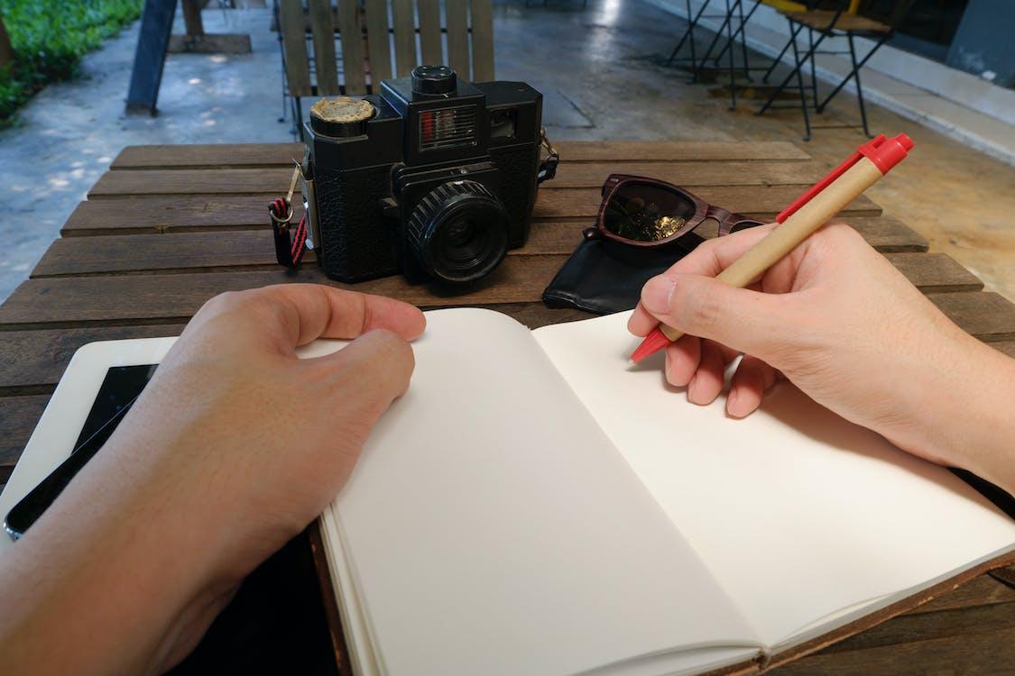 bayangan, buku agenda, buku catatan