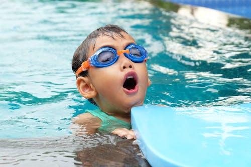 Безкоштовне стокове фото на тему «активний, басейн, більярд, вода»
