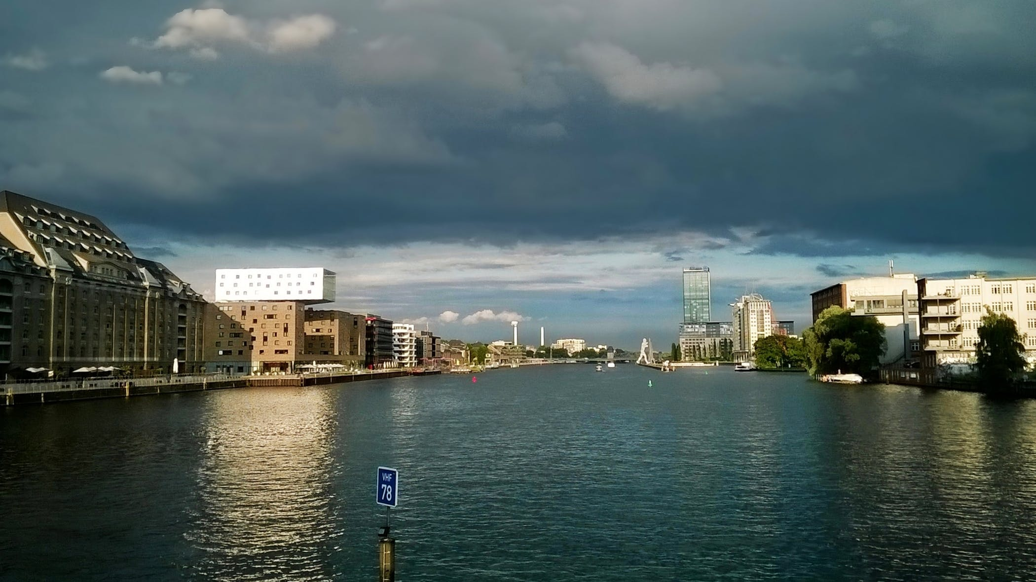 Free stock photo of alemanha, berlim, city, clouds