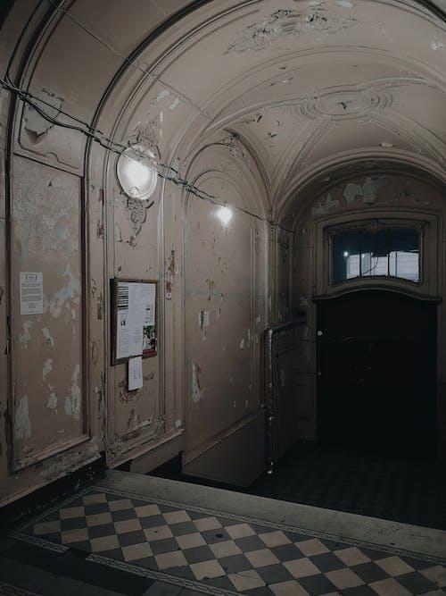 Foto d'estoc gratuïta de abandonat, arquitectura, casa, clareja