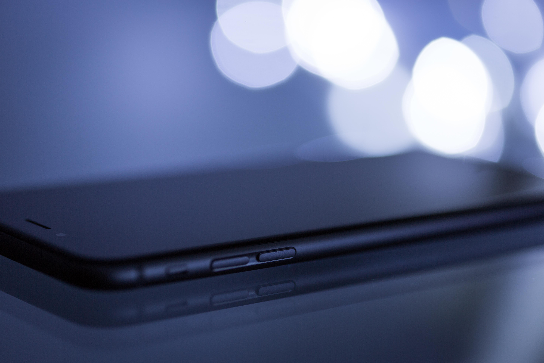 Closeup Photo of Black Iphone 7
