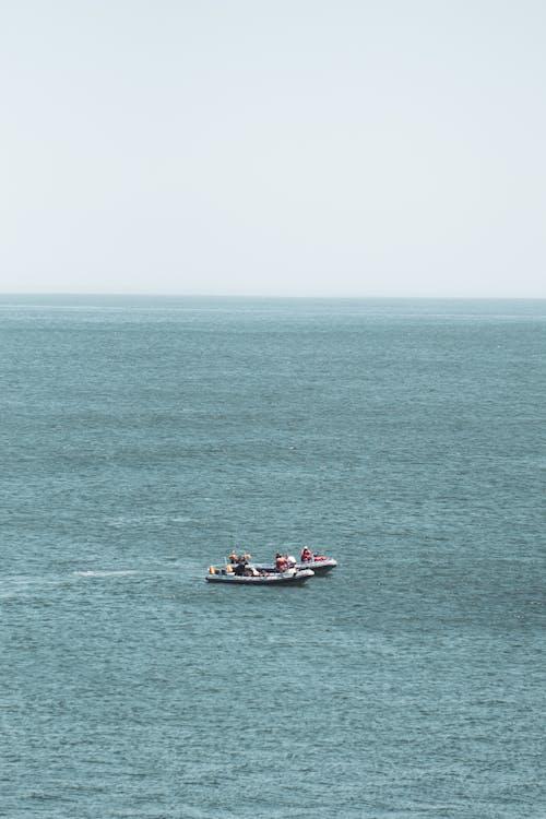 Foto profissional grátis de ação, aéreo, água, antena