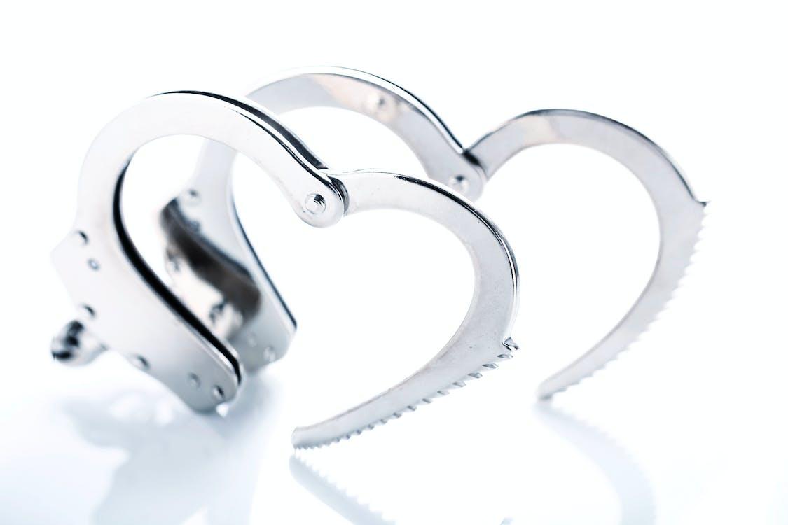 αγάπη, αστυνομία, έγκλημα