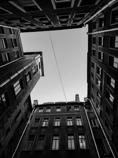 Ilmainen kuvapankkikuva tunnisteilla alakulma, alhaalta, arkkitehtuuri, asunto