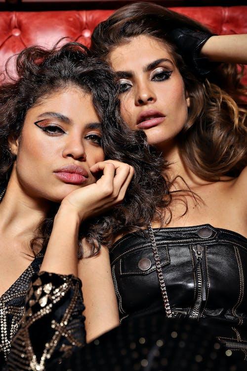 ファッションモデル, ブラックレザートップ, ブルネット, モデリングの無料の写真素材