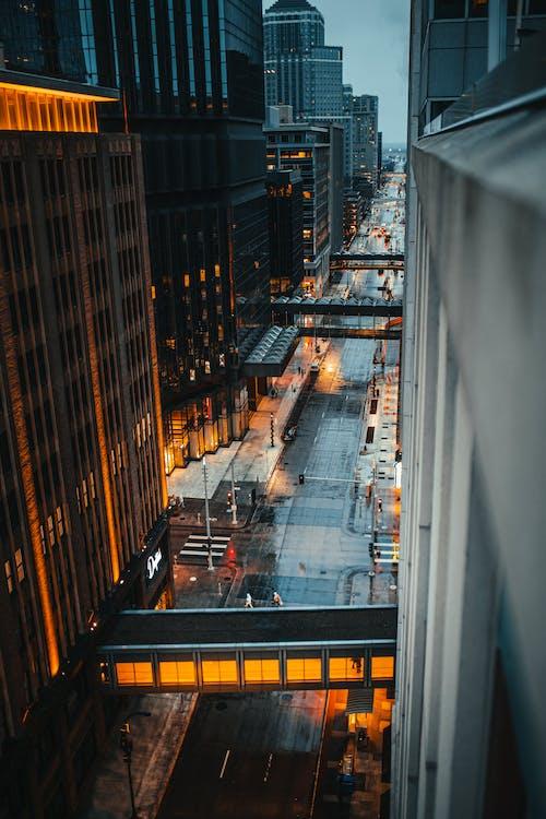 Ilmainen kuvapankkikuva tunnisteilla arkkitehtuuri, asfaltti, business, droonikuva