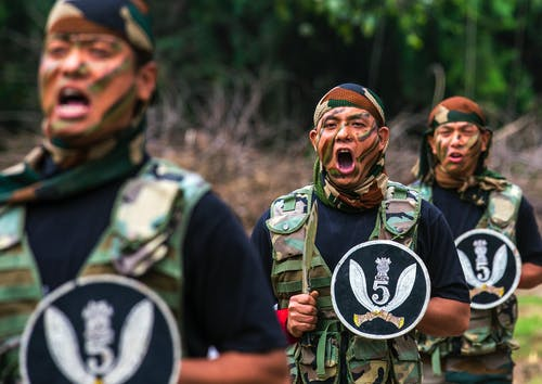 Foto profissional grátis de exército, gorkharifles