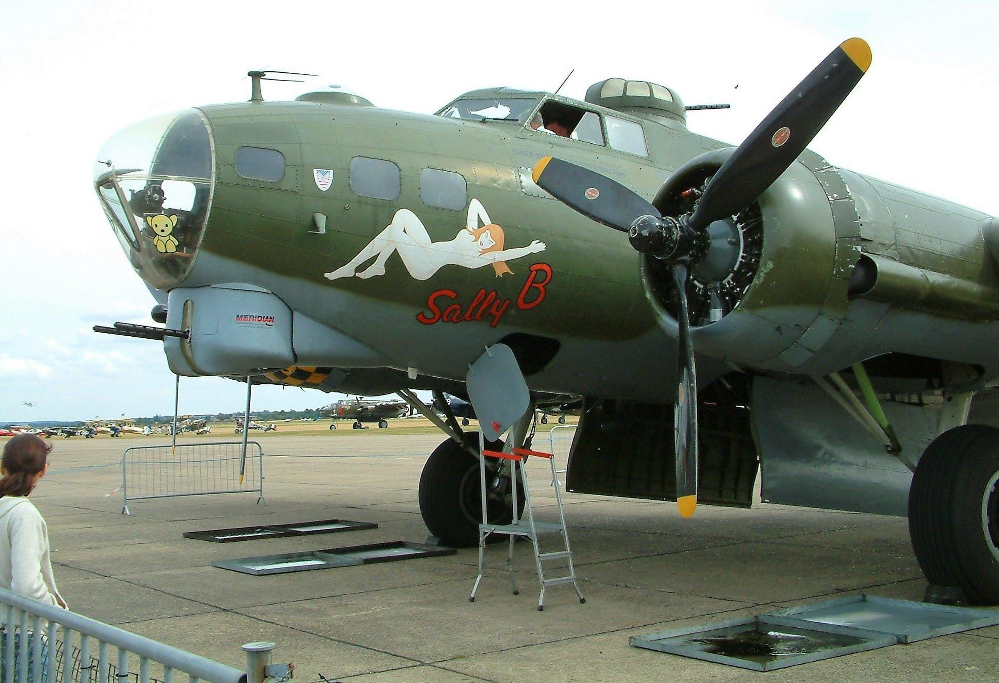 Základová fotografie zdarma na téma aircaft, b17, klasický, let
