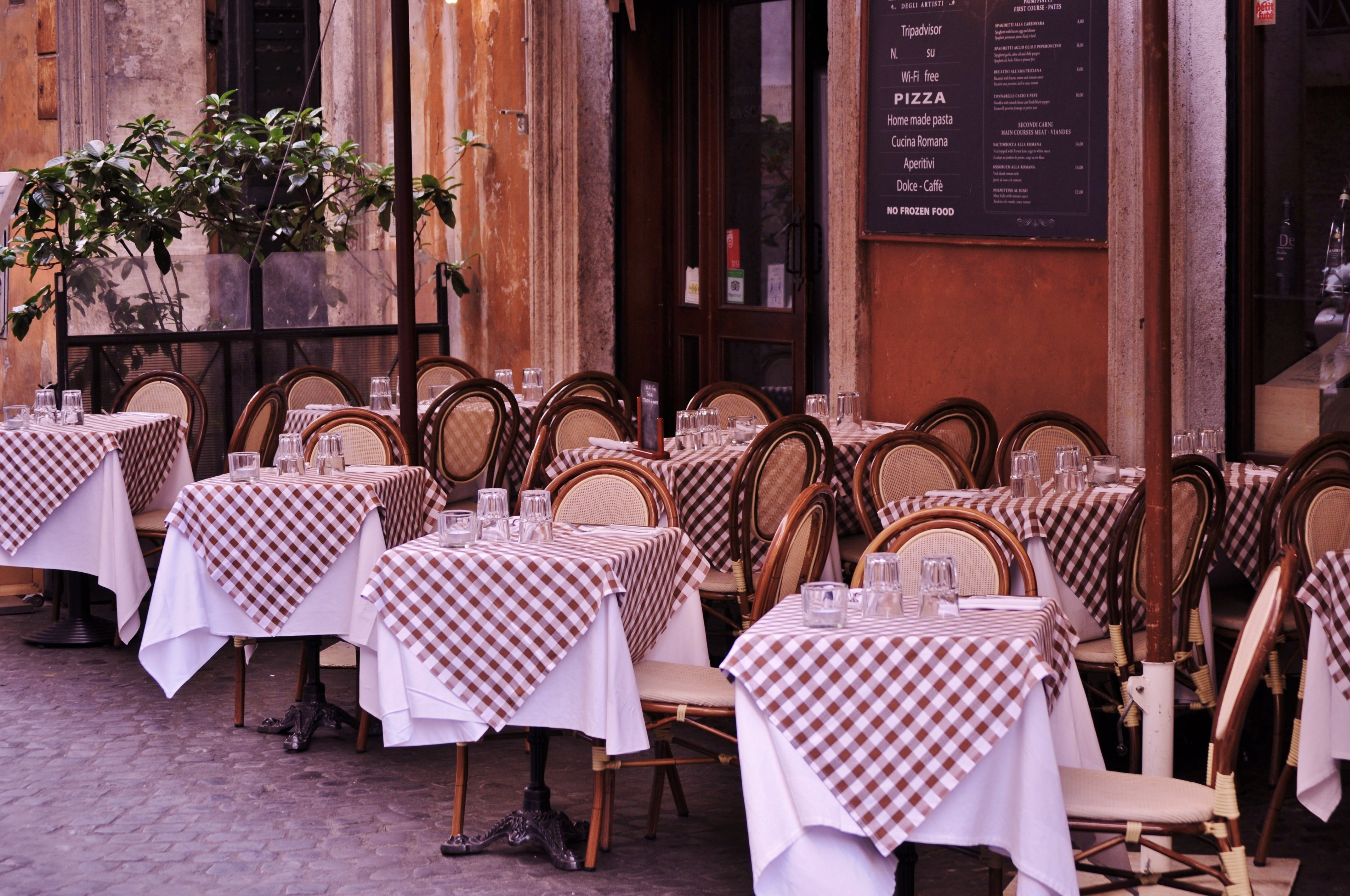 Free stock photo of italian, pizza, restaurant, italy