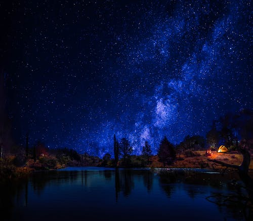 Darmowe zdjęcie z galerii z #night #stars #countryliving #longexposure #lake