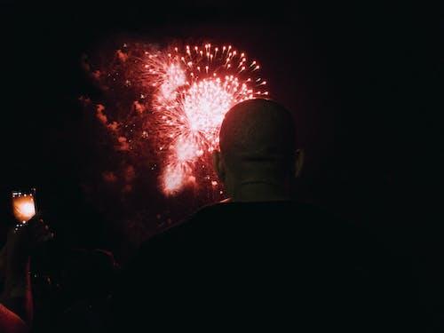 Foto stok gratis 2020, kembang api, Pria Amerika Afrika, selamat tahun baru