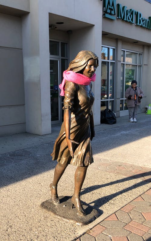 Free stock photo of Woman Statue Braving the Cold