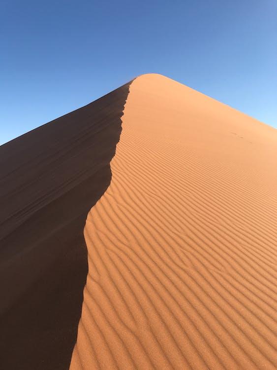 Deserto Sotto Il Cielo Blu