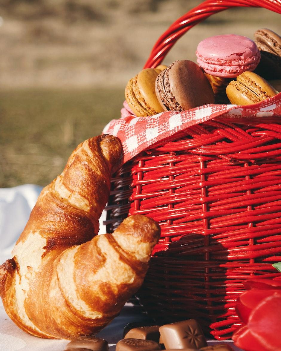 baked, basket, blur