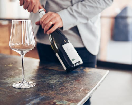 Ilmainen kuvapankkikuva tunnisteilla alkoholi, henkilö, ihminen