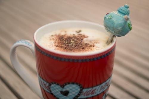 Fincan, Kahve, latte içeren Ücretsiz stok fotoğraf
