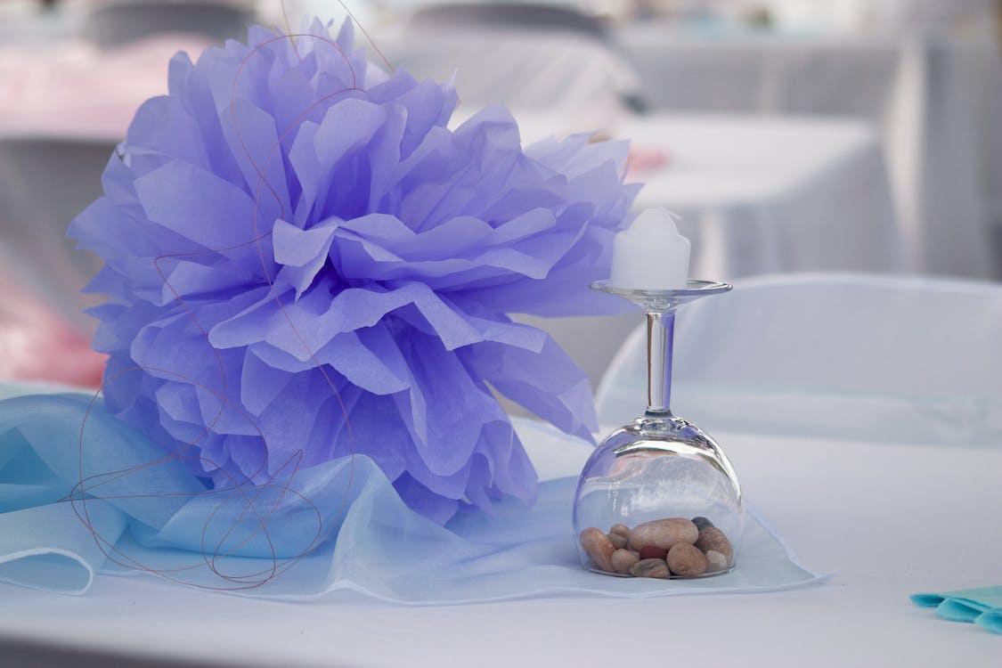 ダイニングテーブル, ワイングラス, 小石