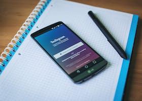 truyền thông xã hội