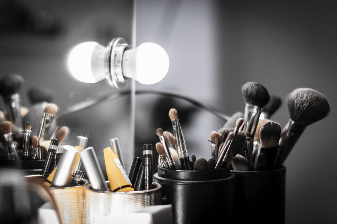 Makeup Brushes in Black Bucket