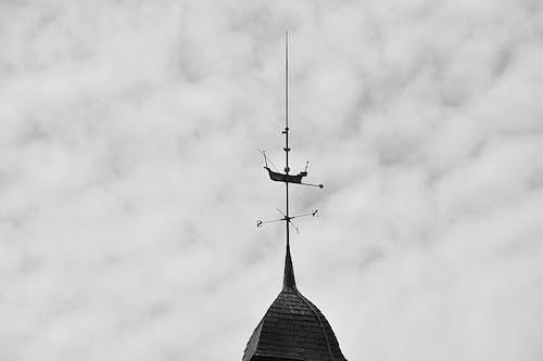 Darmowe zdjęcie z galerii z ciel, czarno-biały, fer forgã ©, girouette