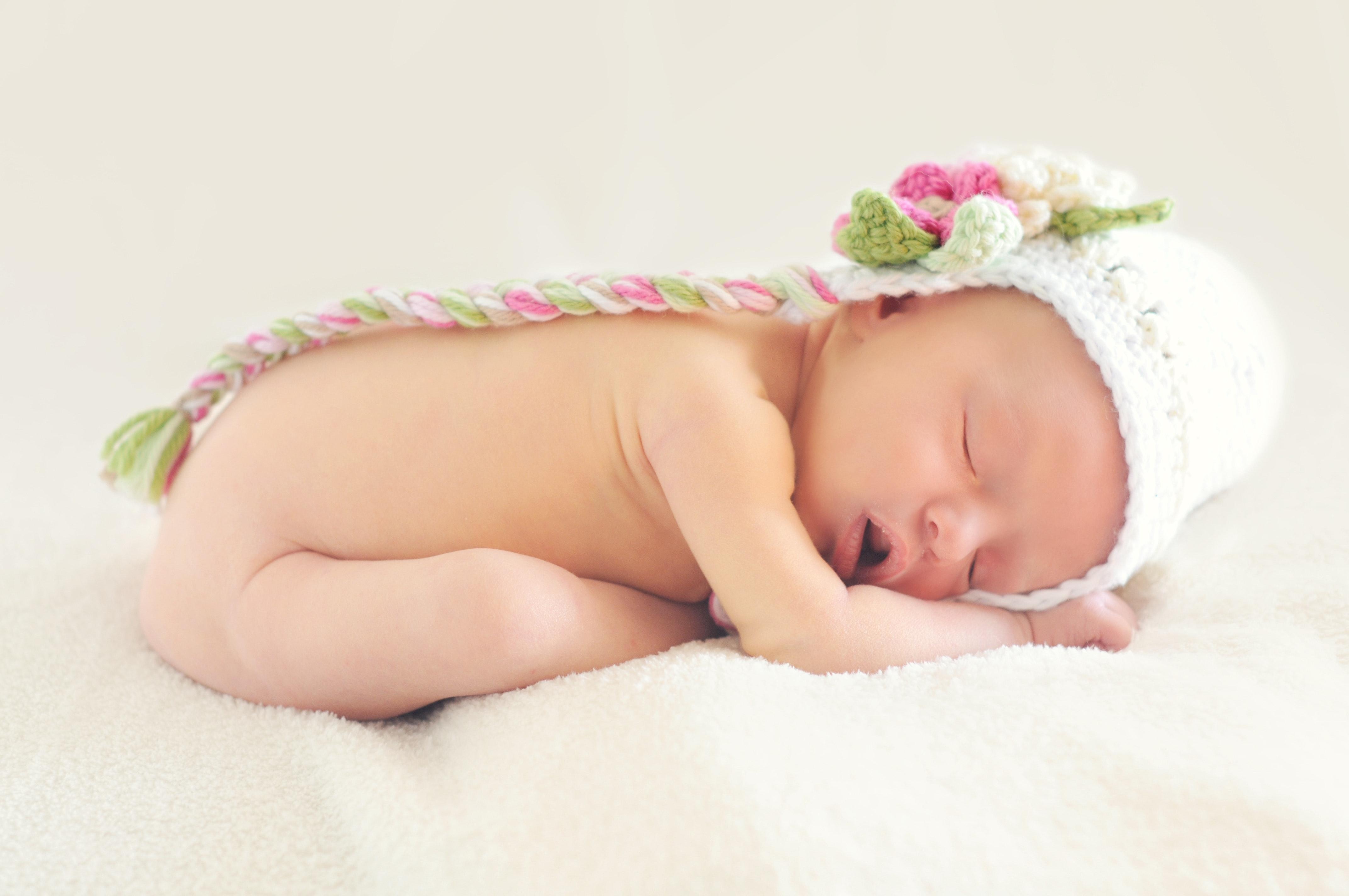 nama bayi perempuan huruf a, nama bayi, nama perempuan dalam islam, maksud nama bayi perempuan, nama bayi perempuan
