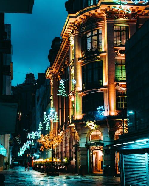 Бесплатное стоковое фото с асфальт, бизнес, вечер, город
