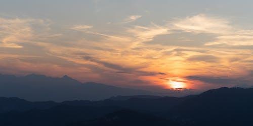Kostenloses Stock Foto zu berg, italien, nacht, sonne