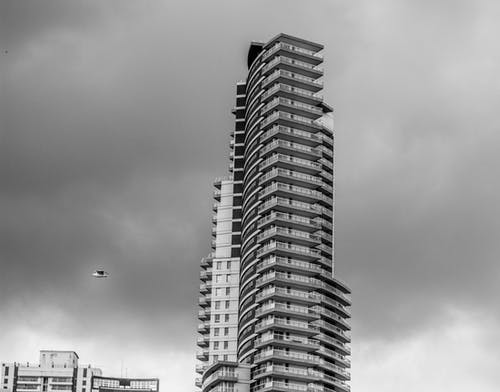 グレー, コンテンポラリー, シティ, スカイラインの無料の写真素材