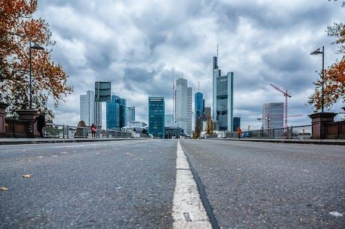 Kostenloses Stock Foto zu boden, frankfurt, himmel, skyline